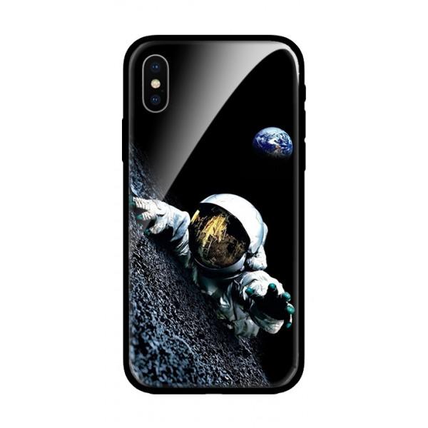 Стъклен кейс за iPhone Космонавт 506
