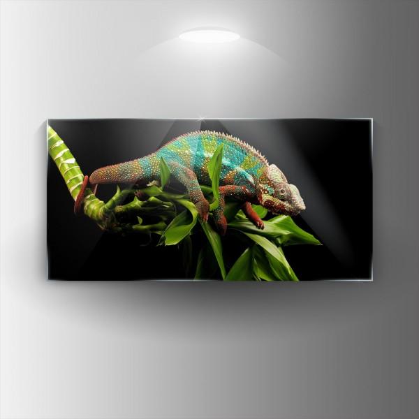 Картина на закалено стъкло Хамелеон